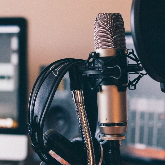 5 Must listen to Marketing Podcasts of 2021
